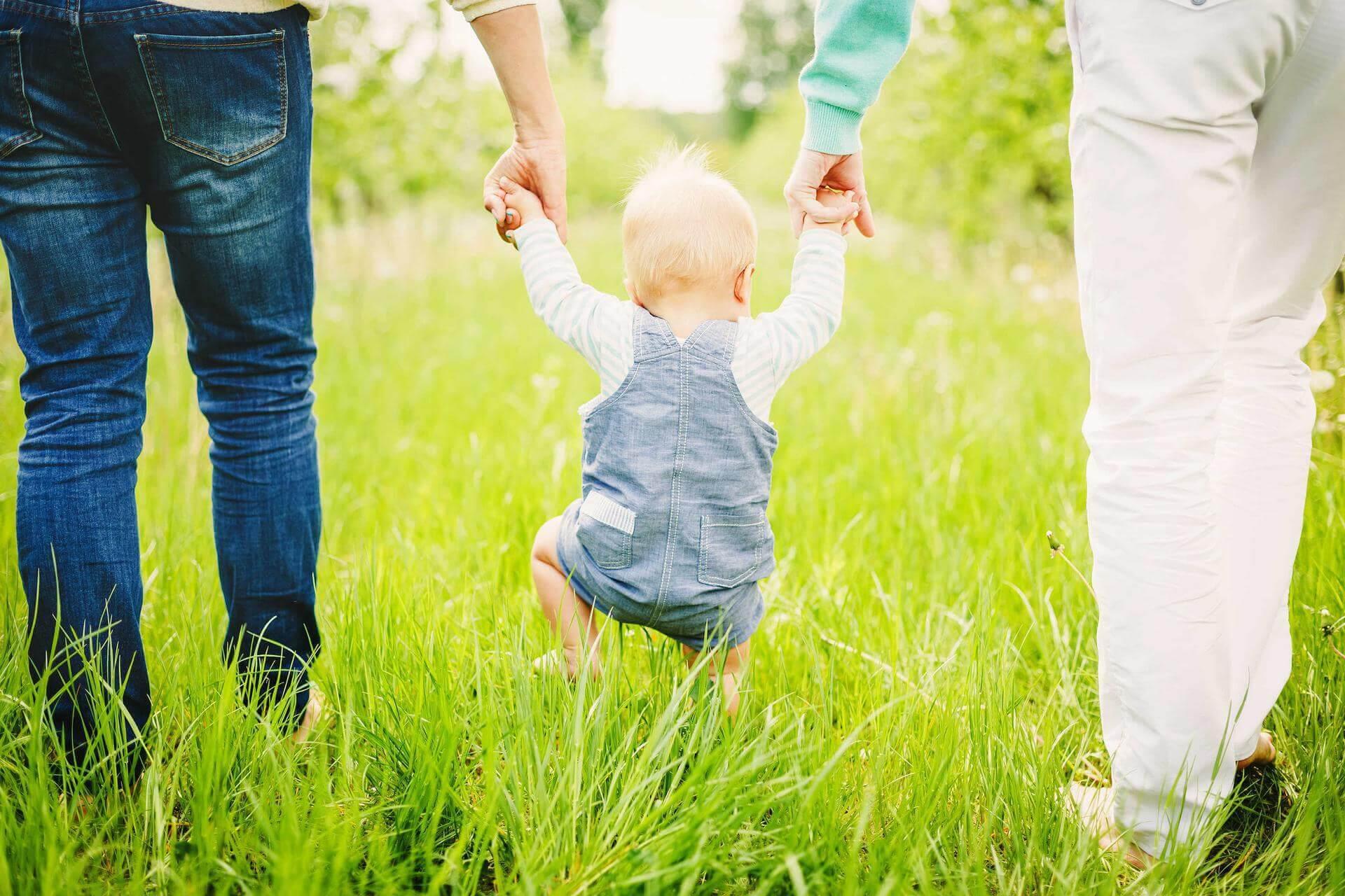 Bebeğin ay ay gelişimi